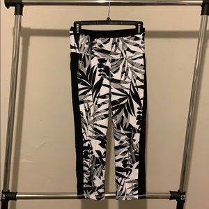Old Navy Go-Dry Leggings- Black and White Floral